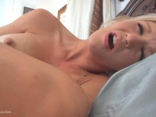 Two hole cum swallowing bitch for Jason