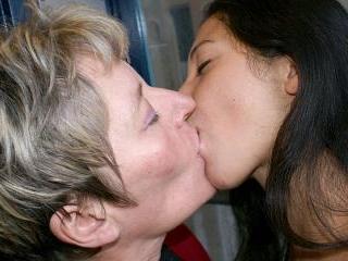 Lesbian-Alex19
