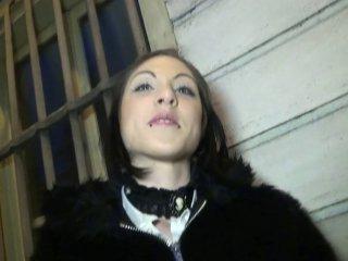 Darla, secrétaire de 25 ans à Troyes, participe à