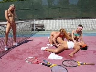Tennis No Penis