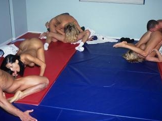 Two some  threesome and foursome gym class