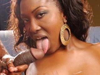 Ebony Aryana Starr Rides Cowgirl