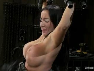 Richelle RyanIs that Snooky? | Kink.com