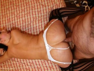 Tracey\'s New Stockings & Suspenders Pt1