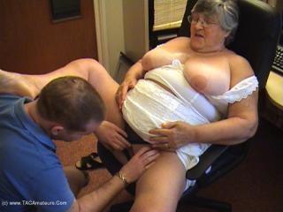 Grandma\'s Young Fuck Buddy Pt2
