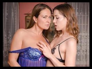 Unscripted Lesbian Sex