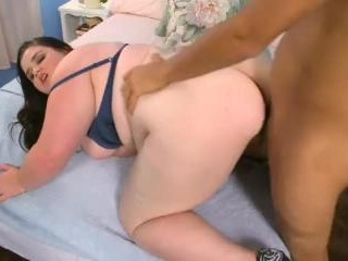 Holly Jayde in Im Open To New Thingsa
