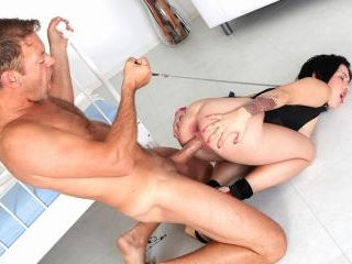 Rocco\'s Young Anal Lovers