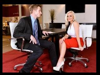 Ms Croft\'s Sexy Executive Decision