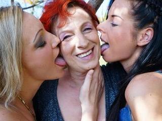 Lesbian-Alex318