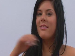 Teen Dreams > Zsanett Video