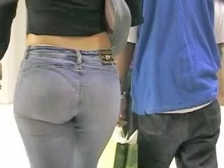 The turning on jeans chick pretends not to notice