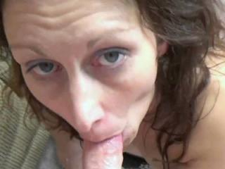 Mature swinger Trisha Delight wears her sexy linge
