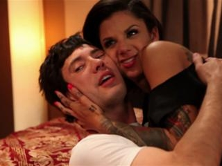 Bonnie Rotten in Bonnie Rotten horny enough to get
