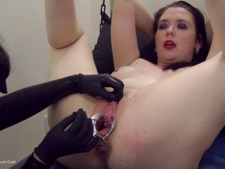 Mistress Diane uses speculum and sounds on Tempest