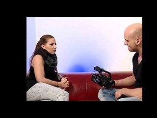 Curvy German girl slammed during casting