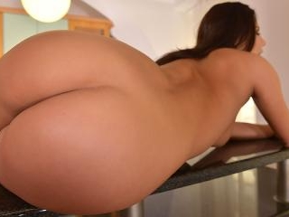 The Butterfly Affect - Beautiful Trimmed Pussy on