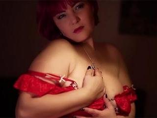 Mature Redhead DORRA In Bed