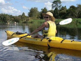 Kayak Coochie
