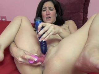 Mature brunette Deliah Dukes takes off her cute re