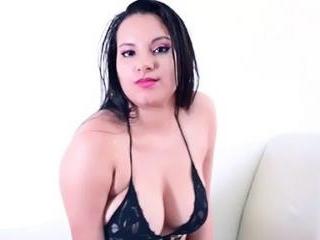 ClarieDiamond Unleashes Her Big Tits