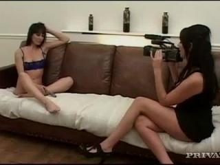 Franki in British gals in action