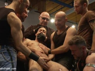 Ripped boy gets his hole shocked and filled at Mr.