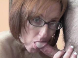 Slutty swinger Layla Redd lifts her short skirt to