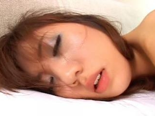 Skinny bitch Yurika Kuraki gets it from behind