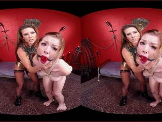 Virtual Reality - Ariel X and Ella Nova\'s Kinky Le