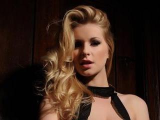 Jessica Davies in sexy black lingerie