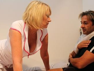 Horny British nurse gives her patient the full tre