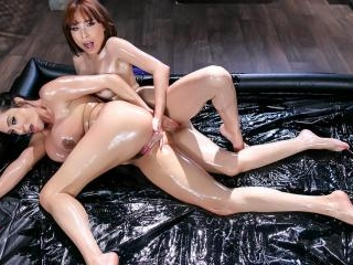 Oily Playtime