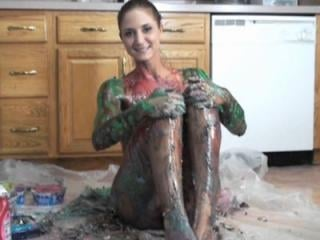 Autumn has her first messy experience with lots of