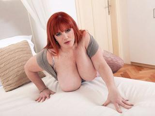 Roxee The Pleasure Seeker