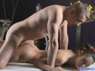 Innocent Russian Brunette Squirts