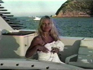 Pam & Tommy fucking on a boat