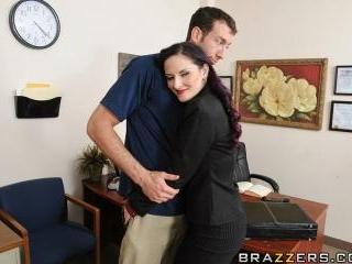 Mom\'s Boss is a Hot Slut