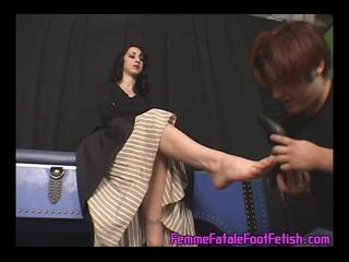Shoe Sniffer Tued footslave