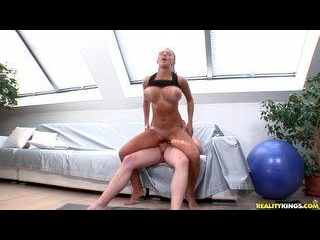 Katerina rides Reverse Cowgirl and gets pounded Do