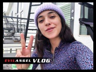 Vlog - Brooklyn Gray Day 2