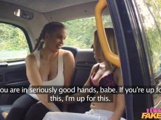 Fitness Babe Eats Pussy in Taxi