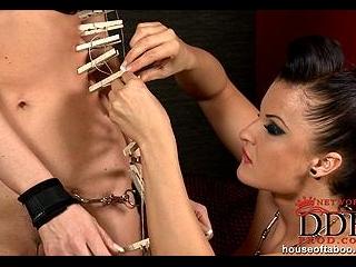 Hot bondage & biting session of Kassey Krystal & S
