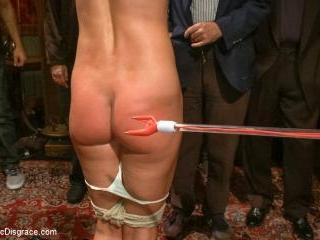 True bondage whore takes the pain