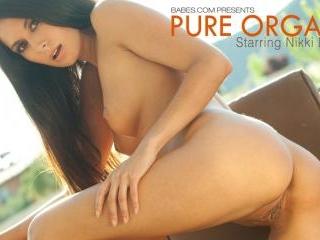 Nikki Daniels in Pure Orgasm