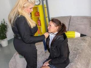 Big breasted Musa seducing a hot teeny babe