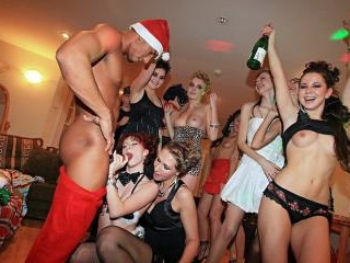 Wild New Year college orgy, part 3