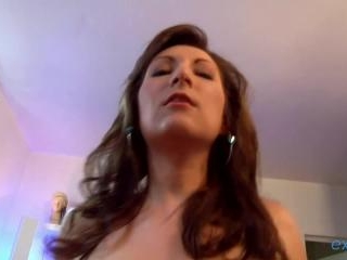 Charlotte de Castille  : Busty French brunette has
