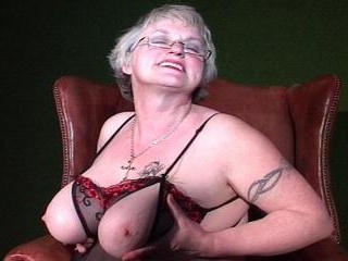 Sexy bigtitted granny show her shaved pussy