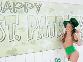 Holiday Gasm - Solo St Paddy\'s Day Session